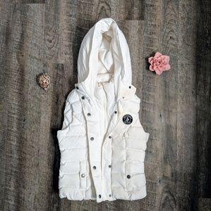 A&F vest